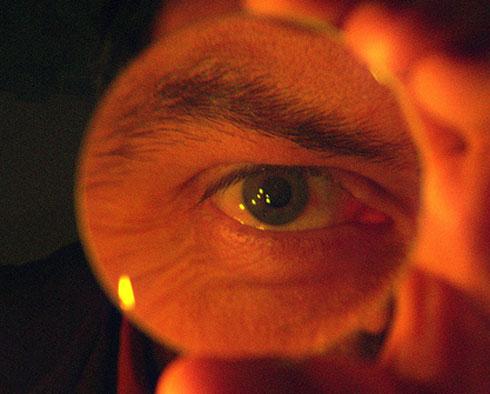 probing-eye