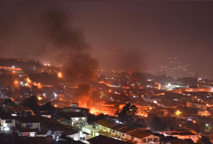 SanCristobalAyer-neighborhood-burning